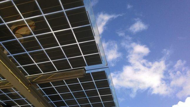 pannelli-solari-cielo